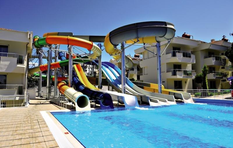 Dream Family Club Pool