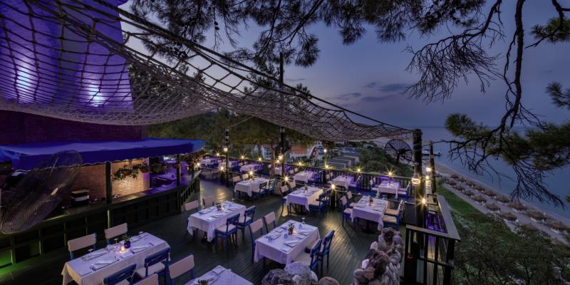 Amara Dolce Vita Luxury Terrasse