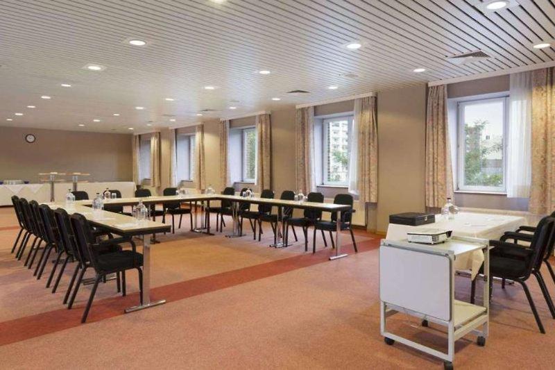Ramada Plaza Liege City Centre Konferenzraum