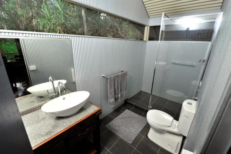 Davidson´s Arnhemland Safaris Badezimmer