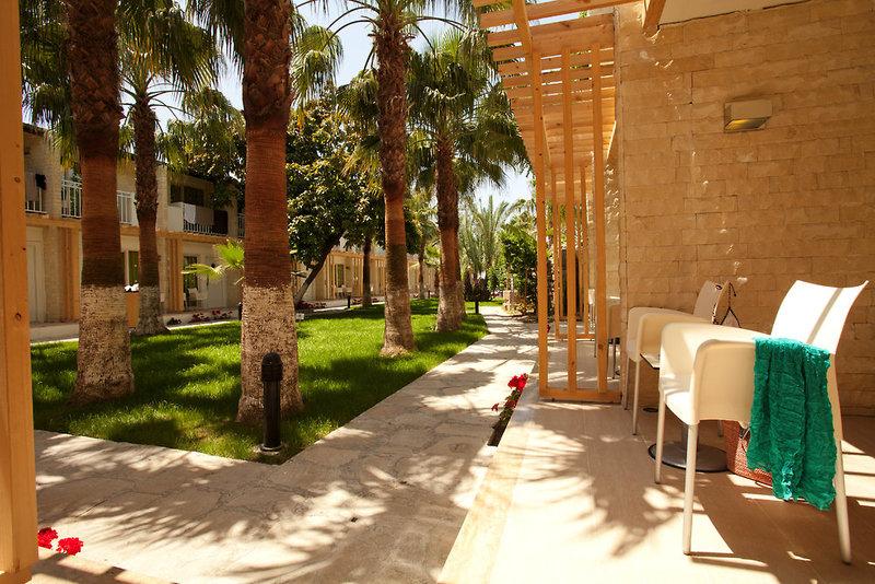 Sunprime Dogan Side Beach Garten