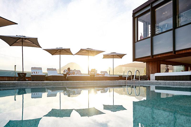 Porto Bay Rio Internacional Pool