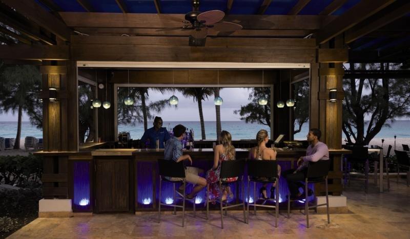 Divi Southwinds Beach Resort Bar