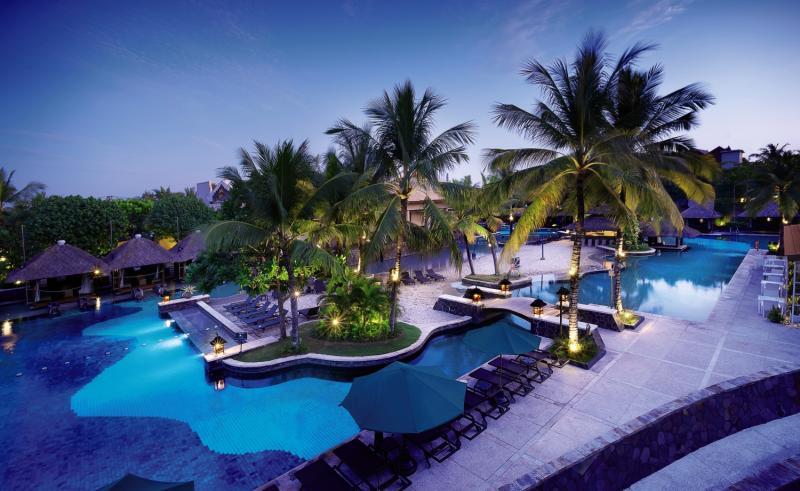 Hard Rock Bali Pool