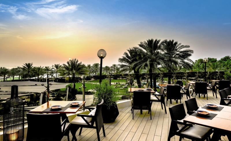 Le Royal Meridien Beach Resort & Spa Terrasse