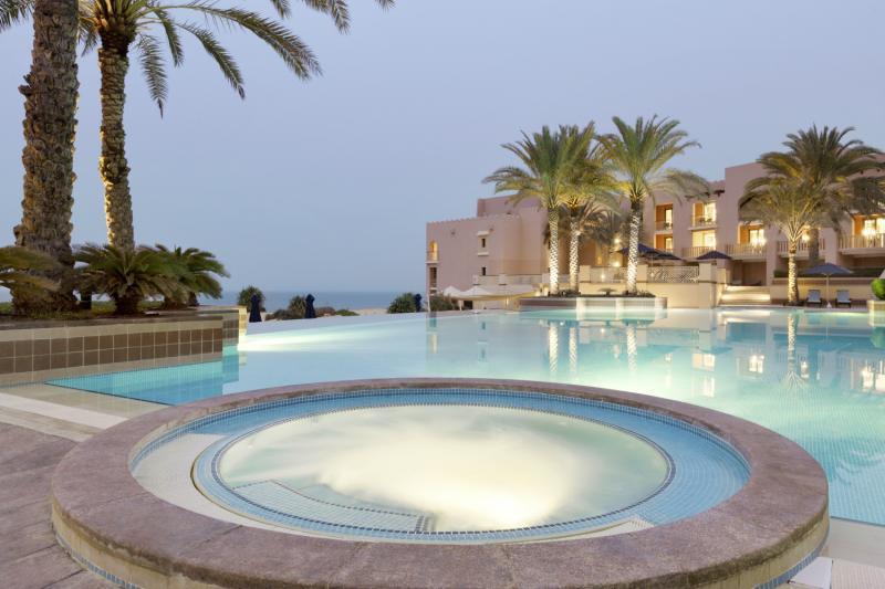Shangri-La Al Husn Resort & Spa Pool