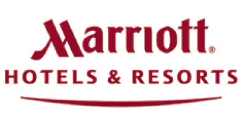 Fairfield Inn & Suites Denver Airport Logo