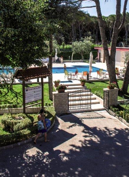 Mediterranean Village San Antonio Garten