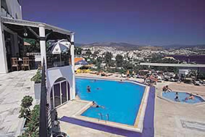 Peda Hotels Gümbet Holiday Beach Pool