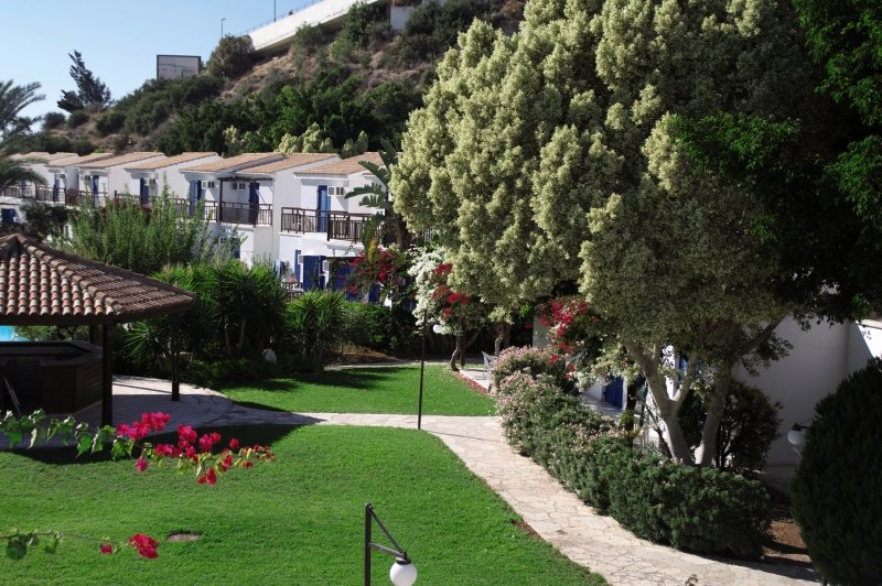 Hylatio Tourist Village Außenaufnahme