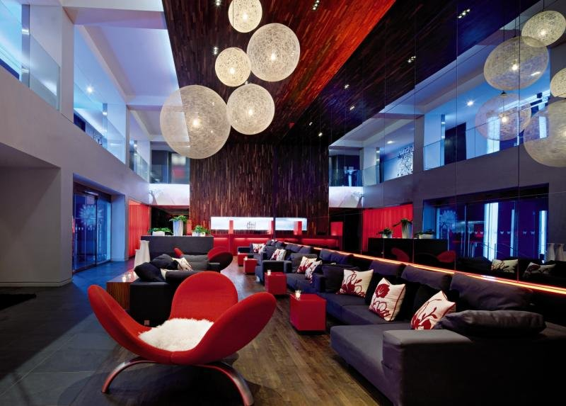 W Montreal Lounge/Empfang