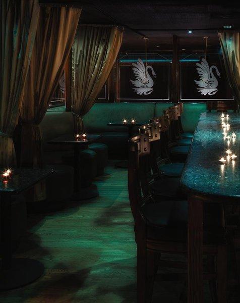 Omni Houston Bar