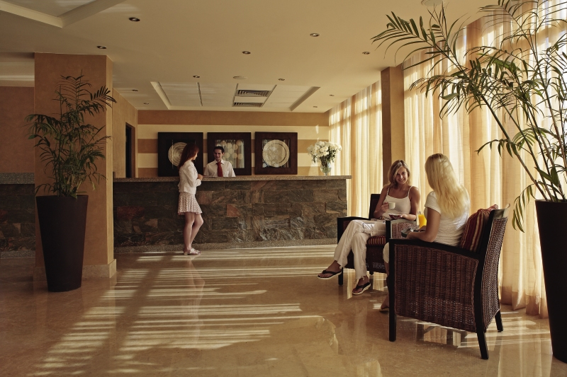 Sol y Mar Ivory Suites Lounge/Empfang