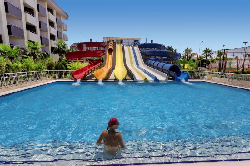 PrimaSol Hane Family Pool