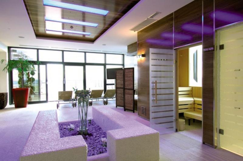 Antunovic Lounge/Empfang
