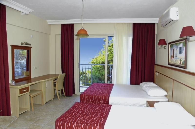 Calipso Beach Hotel Wohnbeispiel