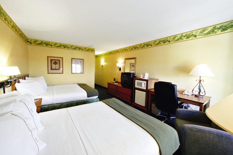 Sunset Palms Hotel Inn & Suites  Wohnbeispiel