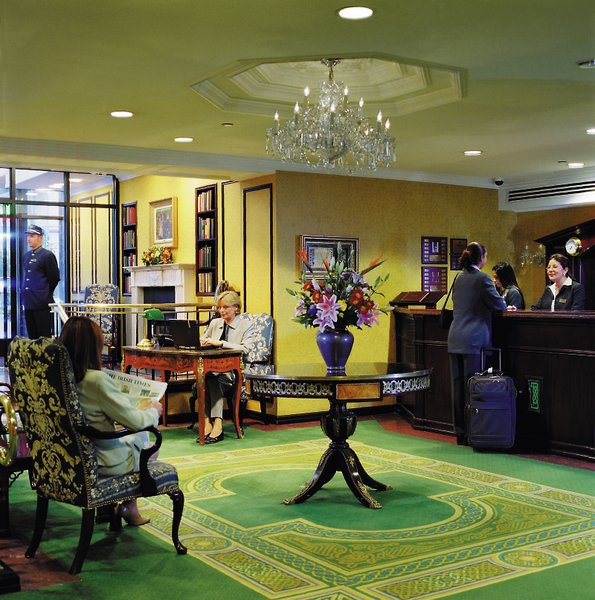 Fitzpatrick Grand Central Lounge/Empfang