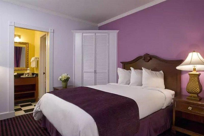 Maison Saint Charles Hotel & Suites  Wohnbeispiel