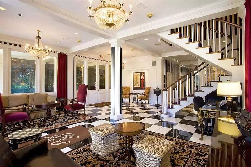 Maison Saint Charles Hotel & Suites  Lounge/Empfang