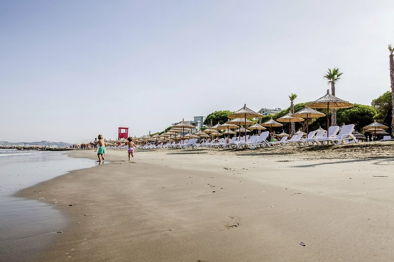Prestige Resort Strand
