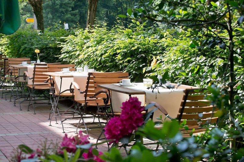 Wyndham Garden Potsdam Terrasse