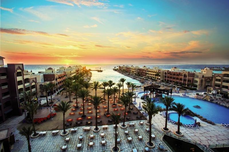 Sunny Days El Palacio Resort & Spa Landschaft