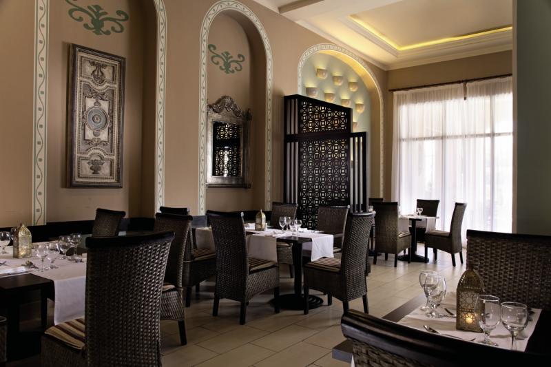 Jaz Aquamarine Resort Restaurant