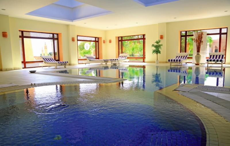 LABRANDA Gemma Premium Resort Hallenbad
