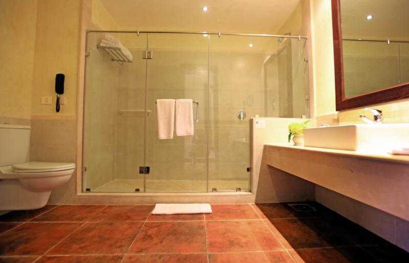 LABRANDA Gemma Premium Resort Badezimmer